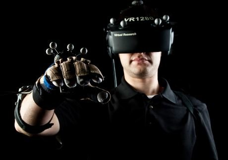 Virtual-Reality VR War Heats Up, Oculus Rift Now Has A Release Date Set For Early 2016